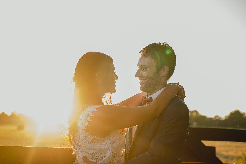 golden-hour-wedding-photography-